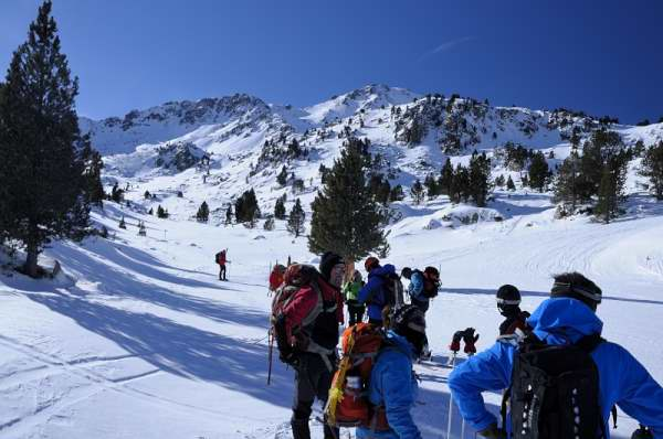 Guided Snowshoeing Holidays in the Pyrenees