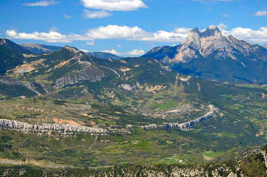 Gaudi and Picasso in the Pyrenees | Trek Pyrenees | Bergueda