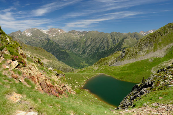 Alt Pirineu Natural Park | Walking in the Pyrenees | Trekking Holidays in the Pyrenees