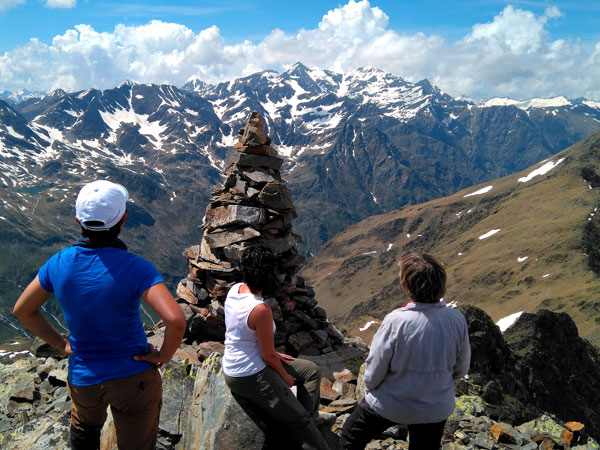 Weekend Tour in Andorra | Walking in the Pyrenees | Guided Walks in Spain